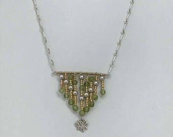 Silver 925 lotus flower, miyuki and peridot necklace.