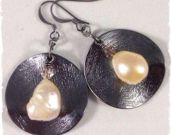 Light Pink Freshwater Pearls & Gunmetal Earrings