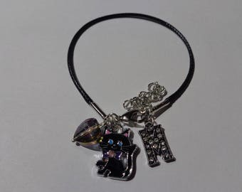 "Bracelet in black waxed cord initial letter ""M"""