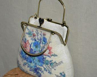 Felted bag White wool bag Handbags Elegant accessories Unique felted handbag Felt Purse  Felted flowers bag Fashionable bag inspiration gift