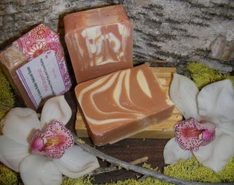 Clay and Cocoa Butter Natural Soap – Pink Grapefruit
