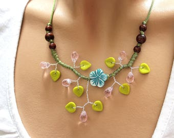 Green Flower necklace blue mother of Pearl