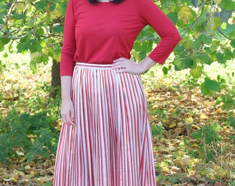 Vintage Pink, Red and White Skirt ~ Size 12/14