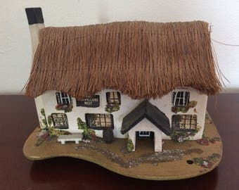 "Pauline Ralph "" Travellers Rest"" Thatched Roof Music Box"