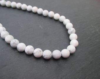Howlite: 10 mm round beads 8 - grey and white gemstones