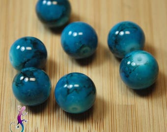 50 beads round 10mm marbled blue glass