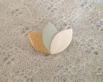 "Brooch ""3 petals"" gold/green water/cream leather"