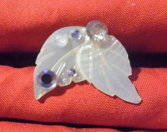 Sheet of Pearl and rhinestone Adjustable ring