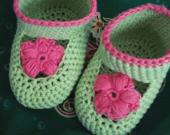 Booties crocheted organic cotton spring