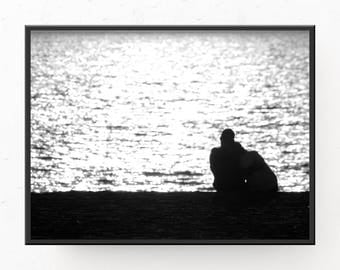 Beach House Art - Couple in Love, Digital Download, Black and White Art, Beach House Decor, Beach Poster, Printable Art, Black and White Art