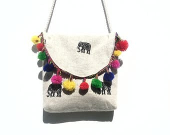 Elephant pattern linen shoulder bag.