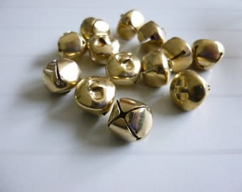 Lot of 6 pieces large gold metal bells