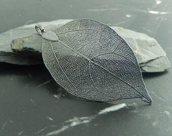 1 black leaf charm pendant