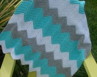 """AquaBaby"" crochet Chevron baby blanket"