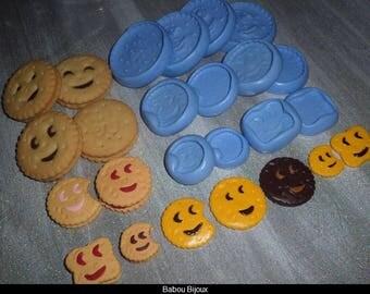 SUPER set of 12 cookies smile 3cm 2cm 4 cm.