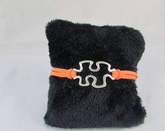 """Puzzle"" - REF BS030 orange suede bracelet"