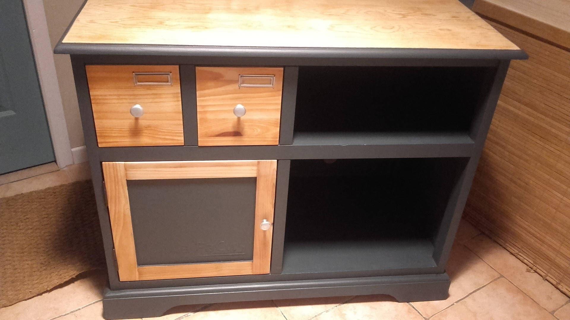 Meuble t l vision en bois et peinture gris anthracite for Peinture meuble en bois