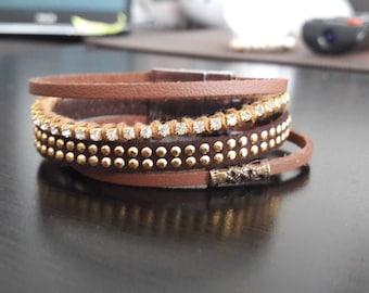 Multi links in leather and rhinestone Cuff Bracelet