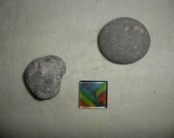 glass cabochon with colorful abstract geometric patterns, 25 x 25 mm square