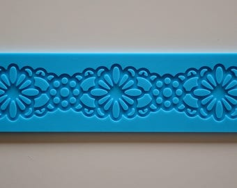 """Lace silicone - model """"EDGING flowers"""" rug"""