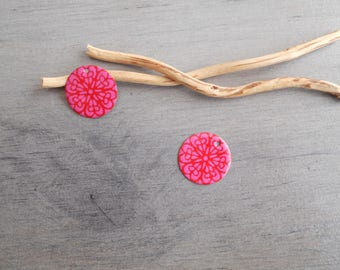 2 charms red and hot pink sequins