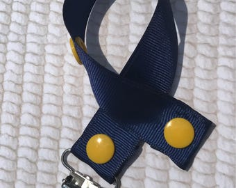 Navy and Yellow Paci Clip