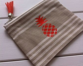 """Kit cloth canvas man""""and pineapple motif"""