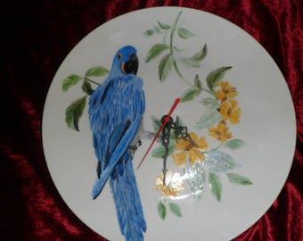 China Blue Parrot pattern clock