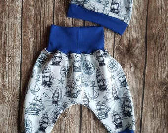 Bloomers 74 and Wendebeanie m sailing ships
