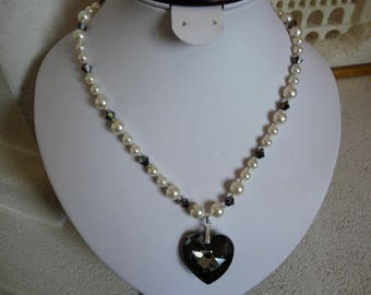 PEARL NECKLACE SWAROVSKI CRYSTAL AND PEARLY
