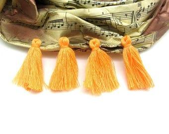 Set of 4 Orange Textile tassels - 3 cm