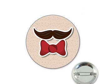 Mustache tie o32mm pin badge