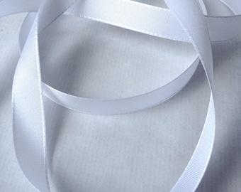 Ribbon taffeta white width 1.5 cm.