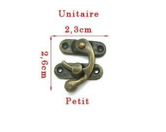 2 small brass tone latch closure accessory, 6 x 2, 3cm in 2 parts