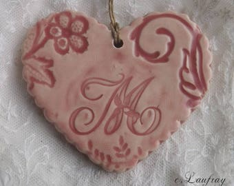 Glazed ceramic hanging, Scalloped edges, heart pink letter ' I
