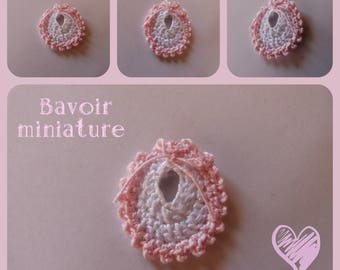 Baby: small knit shaped bib for scrapbooking, making miniature decoration, candy box