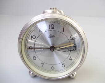 Vintage,Star Table/Alarm Clock,wind-up clock,working condition
