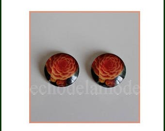 2 rf4 salmon orange Ranunculus flower 20 mm round glass cabochons