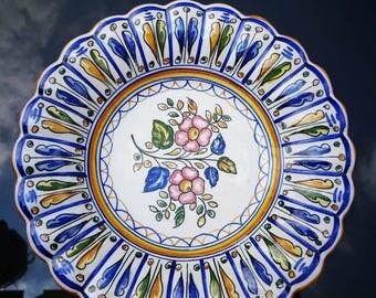 Very nice signed mi-creuse Spanish plate S MORA