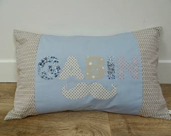 "Cushion personalized ""G"""