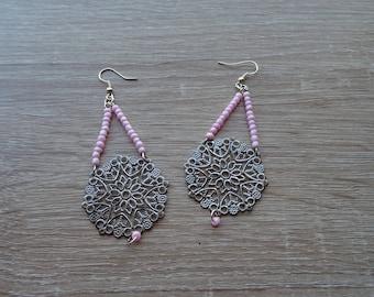 Pink and metal dangling earrings