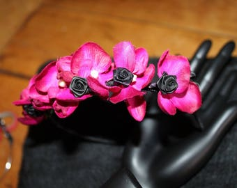 FUCHSIA BLACK FLOWERS