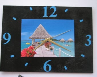 Clock / wall clock in Slate: sea