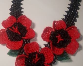 """Necklace """"Poppies"""""""