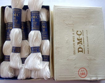 box old DMC with 11 skeins of cotton A BRODER 16 white snow