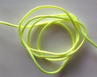 4 yards of cord round KNOTTING color neon yellow REF. 271