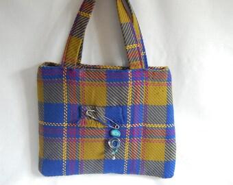 """A little bit of kilt"" handbag fabric-pure wool and his PIN"