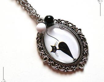 """""""Le Chat"""" 2 black & white Cabochon pendant romantic Locket necklace with glass and silver plated copper"""