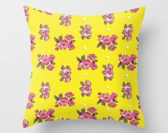 Retro Pillow Bright Florals