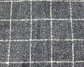Large gray, black and white checkered wool
